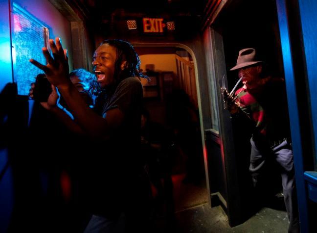 Freddy vs. Jason at HHN25_1_LR